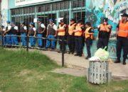 POLICIAS EN EL CONSEJO ESCOLAR