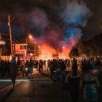 En la cuarta noche, las protestas por el asesinato de George Floyd se extienden a todo Estados Unidos