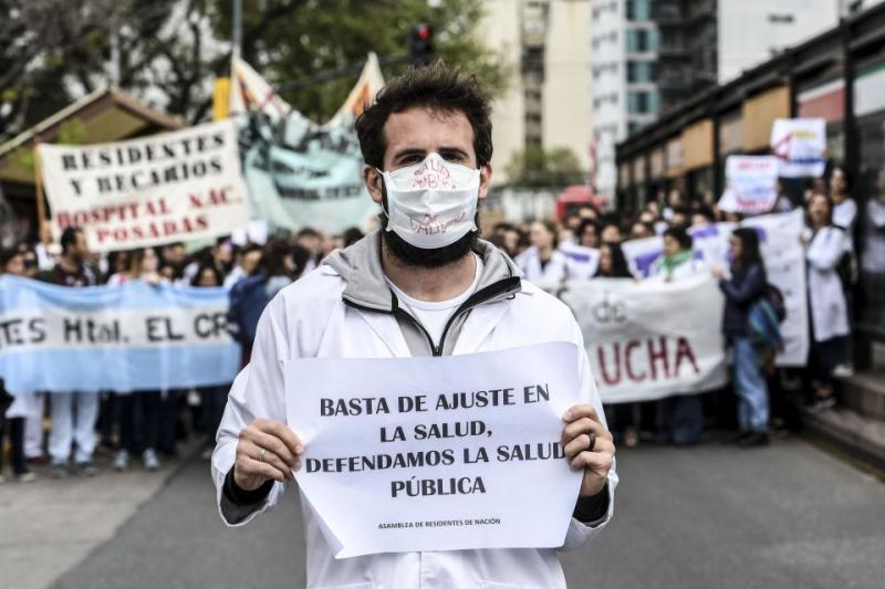 Jornada de lucha de residentes y concurrentes de hospitales porteños contra la precarización y el ajuste