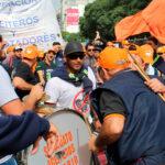 Continúa la huelga nacional aceitera y de recibidores de granos ante la intransigencia empresarial